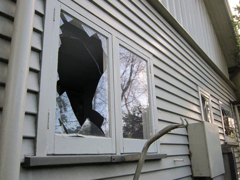 fix broken window glass emergency click here for some idea on what it will cost you to have broken double pane window properly repaired repair services image glassworks